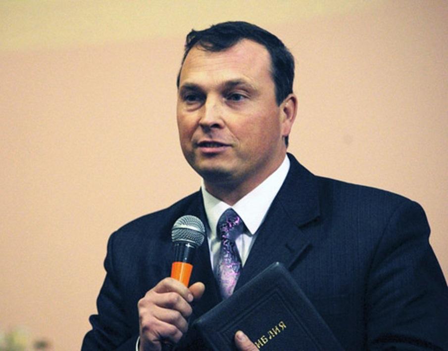 Станислав Носов